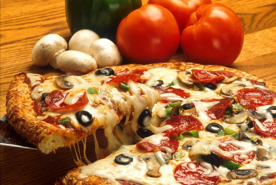 vegetables-italian-pizza-restaurant-large (2)